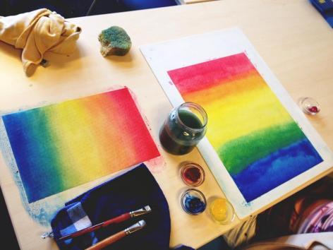 Regenbogen in de nat-in-nat schildertechniek